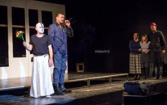 Betegség miatt elmarad Örkény István klasszikusának bemutatója a sepsiszentgyörgyi Tamási Áron Színházban