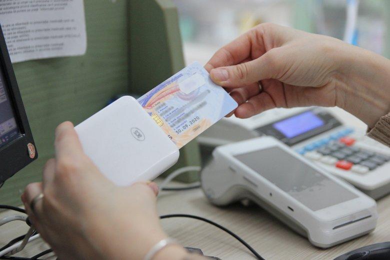 Az egészségbiztosítási azonosító is helyet kap az új, elektronikus személyazonossági igazolványokon