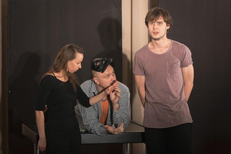 Az ember tragédiája – ifjúsági előadást mutat be a nagyváradi színház