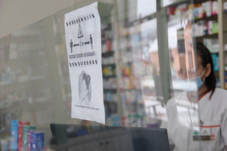 A gyógyszertárakat működtetők egyesülete támogatja, hogy a patikákban is lehessen tesztelni