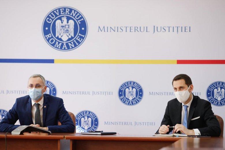 """""""Sértés"""": kivonultak a főbírák a különleges ügyészi osztály megszüntetéséről vitázó szakbizottsági ülésről"""