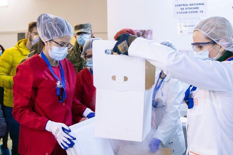 Húszezer adag koronavírus elleni vakcinát küld Románia a Moldovai Köztársaságba