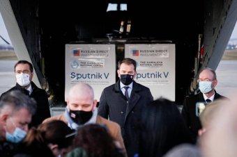 Szlovákiának sem elég az uniós oltónyag, kétmillió adag orosz vakcinát vásárolt