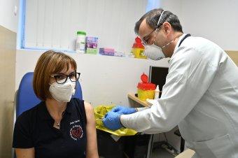 Magyarország lassúnak tartja az uniós vakcinabeszerzést, ezért kínai és orosz védőoltást is vásárol