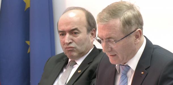 Nyugalomba vonul Augustin Lazăr legfőbb ügyész, miután az újabb mandátumra benyújtott pályázatát Toader visszautasította