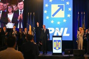 Megártott a járvány a nagy pártoknak: a PNL és a PSD népszerűsége is csökkent