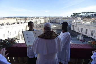 Ferenc pápa: minden ember testvér, még akkor is, ha különböző eszméket vallanak