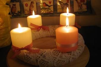 Hímzett dekorációk: tovább él Lotti dédi öröksége