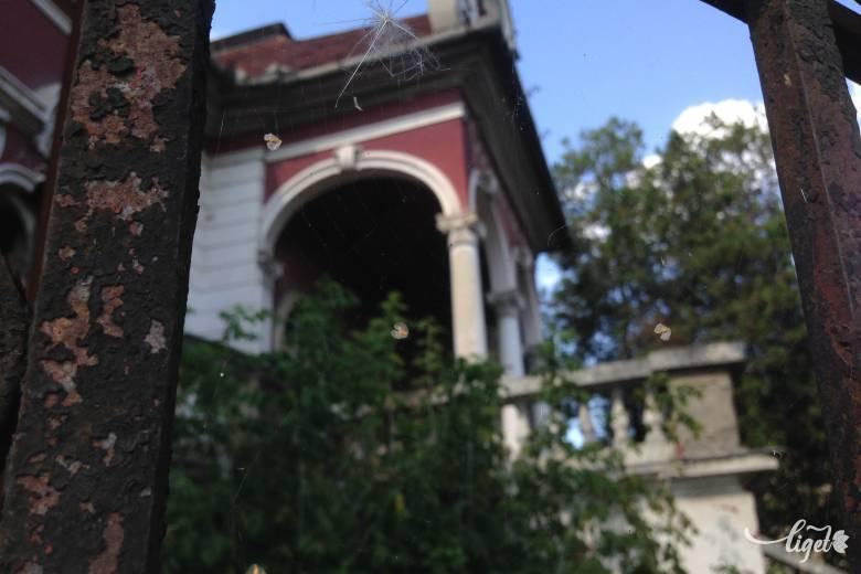 """Bürger Albert és """"aranykakasos"""" háza: nagytőkésélet Marosvásárhelyen"""