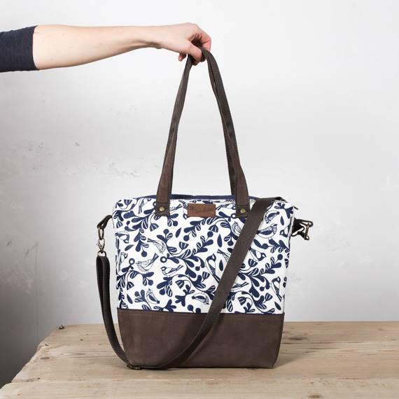 A Happy Birds táska nőies és egyszerű 35d0d612de