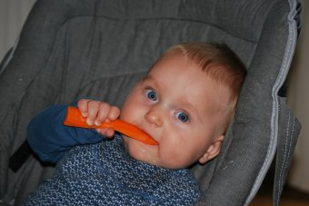 Amikor a baba etetése is szoptatásbarát