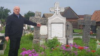 Múlttemetés jeltelen sírokba: kalákában zajlik a történelemmásítás