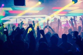 A klasszikus DJ szerep már kevés. Agytágító lemezlovasokról egy lemezlovastól