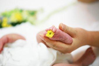 Az életet nem lehet megúszni. Hagyományos szülésről, bábaságról Bernád Ilonával