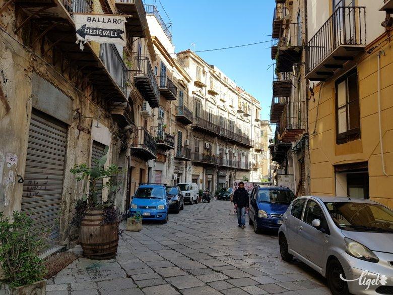 Szicília több városában ismét kötelező a maszk viselése szabadtéren