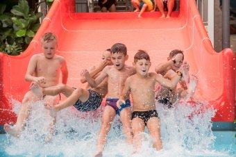 Hideg napokra meleg vizes élmény. Magyarországi élményfürdőket teszteltünk
