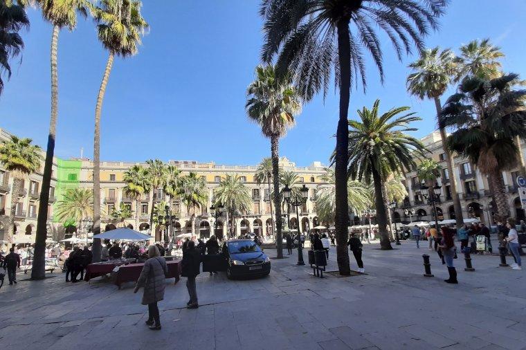 Megszűnik a kötelező szabadtéri maszkviselés Spanyolországban