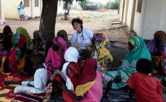 Világok találkozása: önkéntes orvosként Afrikában