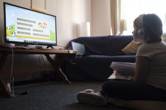 Otthonoktatás kreatívan – segíteni egymáson és segítséget kérni