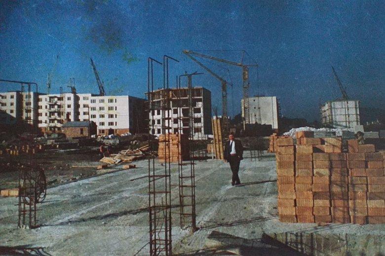 Amikor Păunescu eláztatta a szállodát. Udvarhely az 1960–80-as években