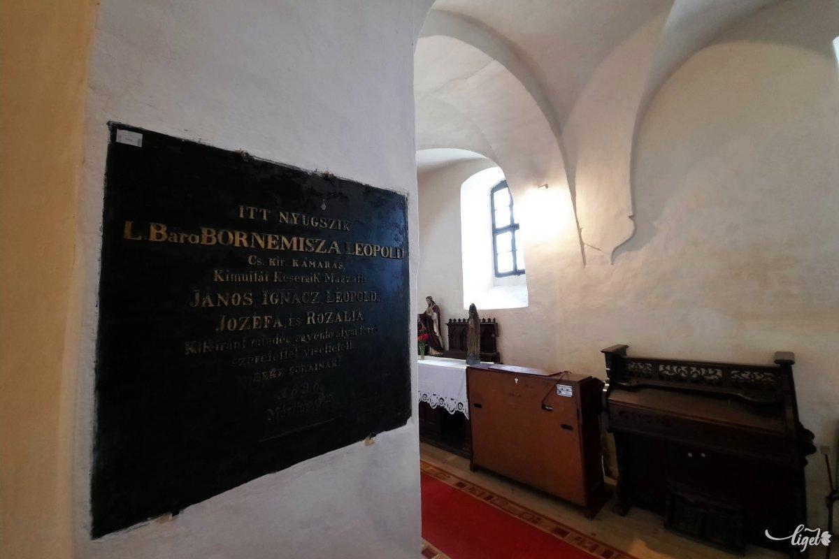 A nagylelkű és nemes adományozókon túl Kájoni János tett sokat azért, hogy a kő épületegyüttes felépülhessen •  Fotó: Rédai Attila