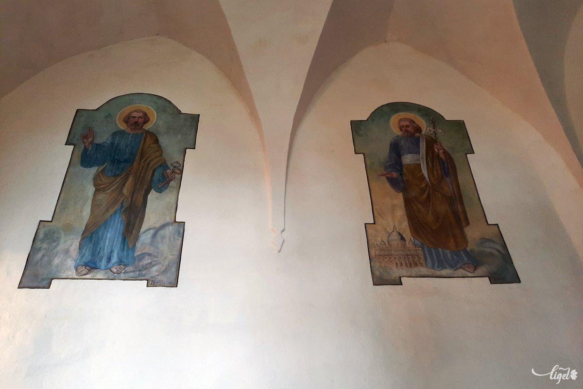 A templom védőszentjei: Szent István és Szent László •  Fotó: Rédai Attila
