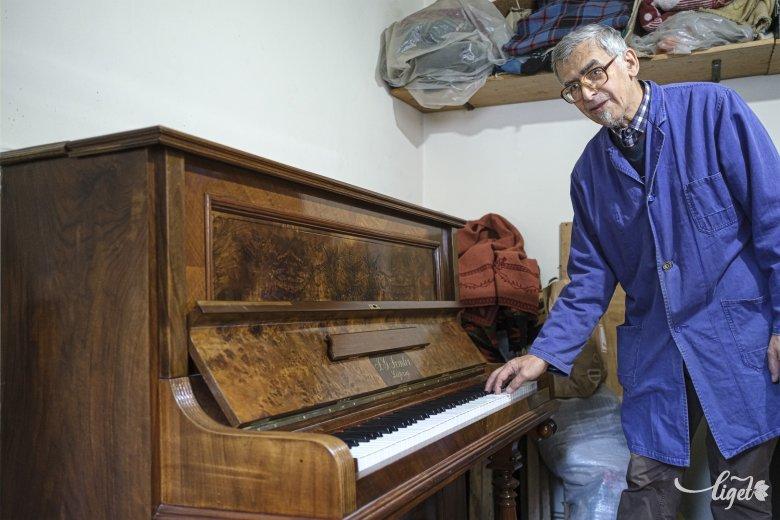 Életet lehelni a vén zongorába: Kedves Péter
