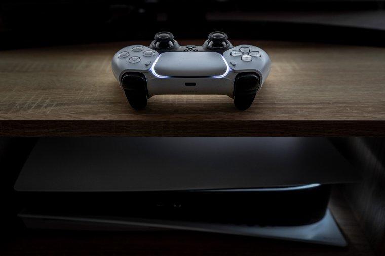 Playstation 5: a futurisztikus dobozba zárt erőgép
