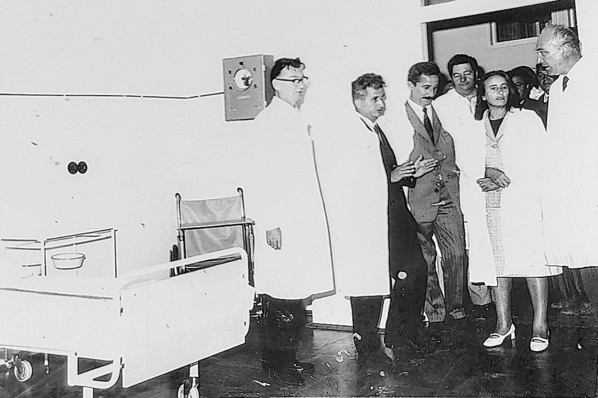 Nicolae Ceaușescu főtitkár és felesége a kórházavatáson, 1971. augusztus 14-én •  Fotó: Forrás: Aurel Sbârcea archívuma