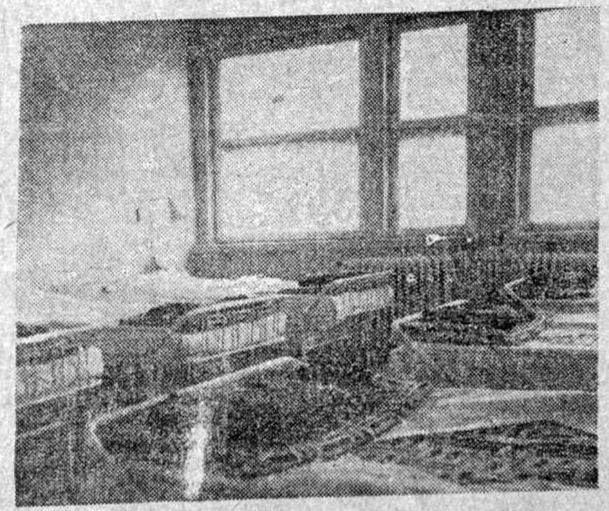 Mintaszoba az épülő kórházban, Hargita, 1970. december 27. •  Fotó: Forrás: a Csíkszeredai Megyei Sürgősségi Kórház gyűjtése