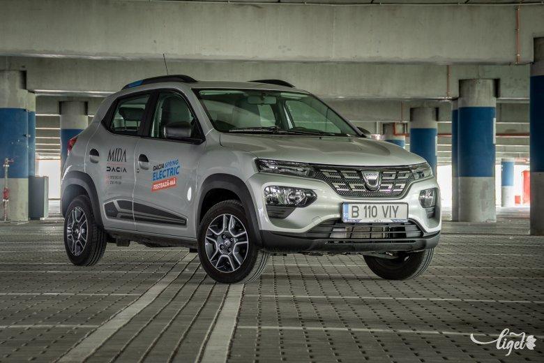 Vakmerő húzás: Dacia Spring