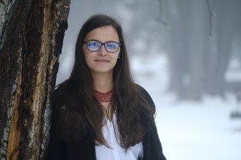 Gyöngyszem Pusztinából: a lány, aki átkelt a hegyeken