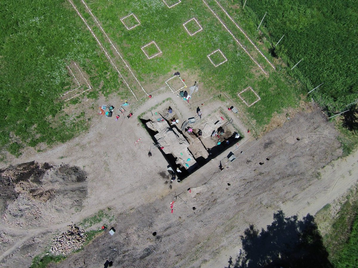 Légi fénykép •  Fotó: Az egresi ásatási projekt fotóarchívuma