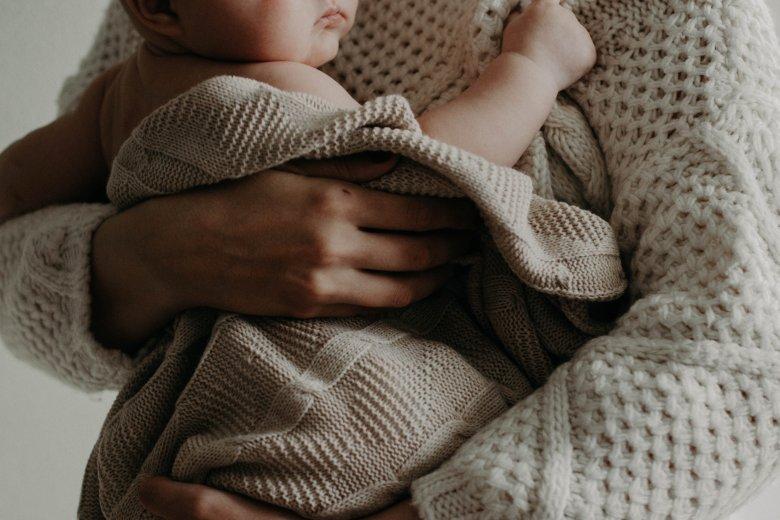 Babaköd helyett sötét verem: a szülés utáni depresszió