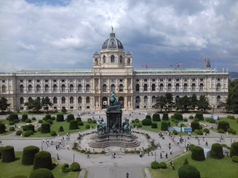 Bécsben elnapolják a nem sürgős műtéteket a fertőzöttek magas száma miatt