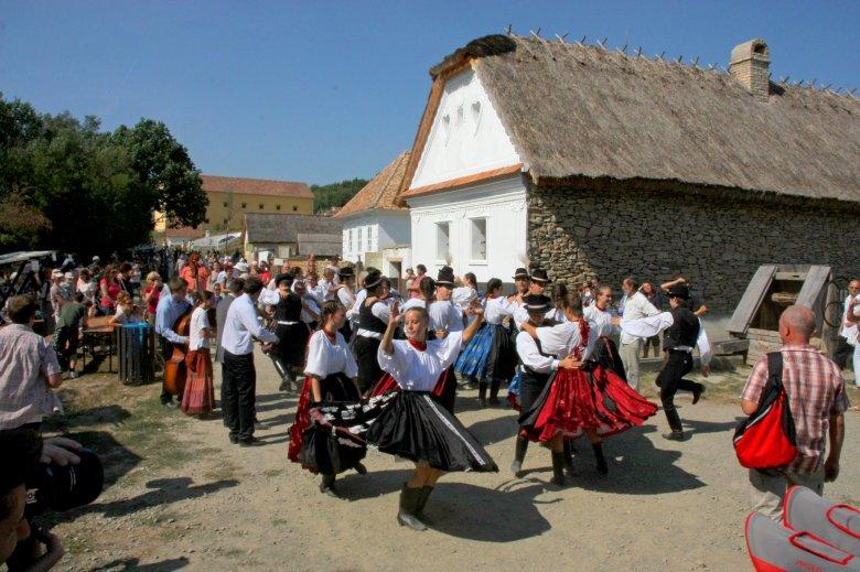Építik az erdélyi tájegységet a szentendrei Skanzenben