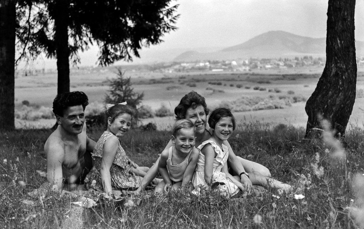Szeredai-fürdő, 1961 •  Fotó: Szabó Miklós/Nagy Gyöngyvér archívuma