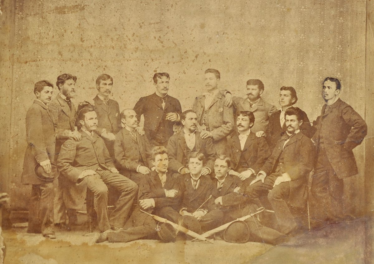 Csoportkép, 1880 körül •  Fotó: Nagy Gyöngyvér személyes archívuma