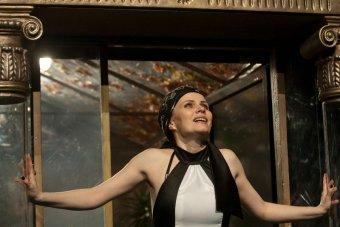 Az elszigeteltség drámája: Ibsen világhírű darabja a kolozsvári színházban