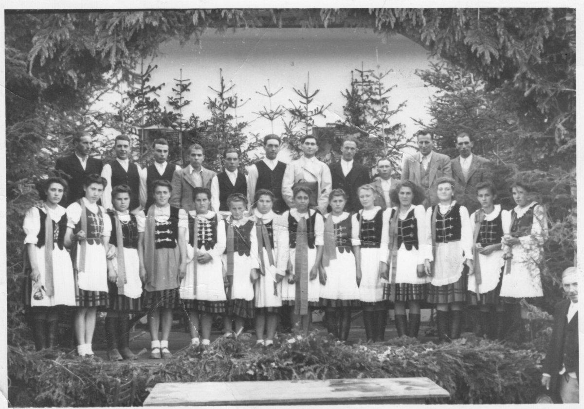 Csíkszentmiklós – – 1949 májusa •  Fotó: Forrás: Csíki Székely Múzeum