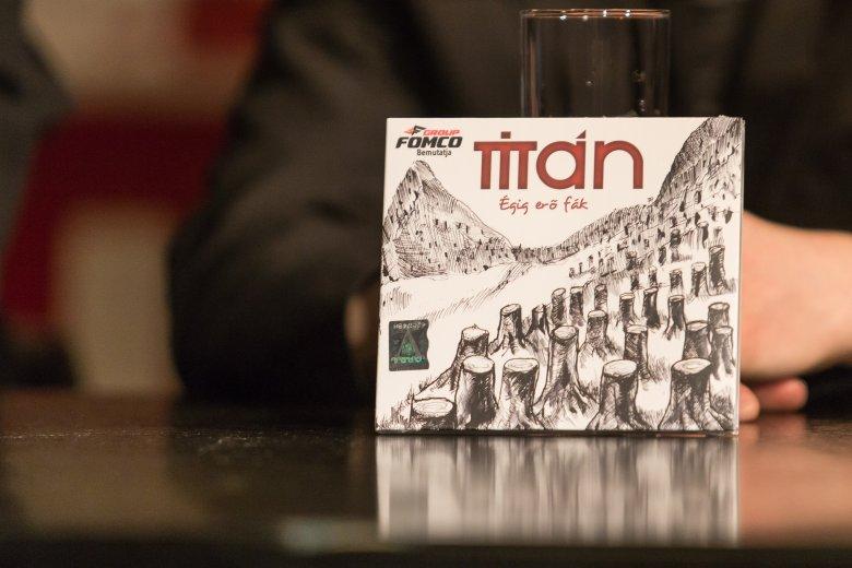 Hazafiasabb és állást foglal az új Titán-lemez