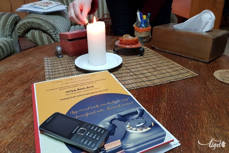 Telefonon is segít a szeretetszolgálat és az unitárius egyház