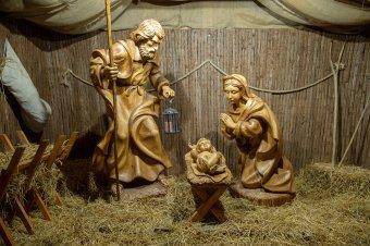 Karácsony: nem a fenyő, hanem a betlehemi jászol ünnepe