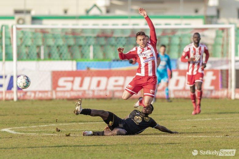 Hétközi fordulót rendeznek a labdarúgó 1. Ligában