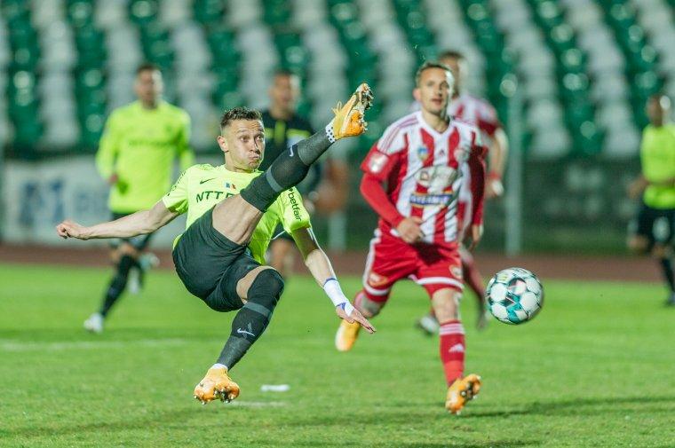 Tizenegyes döntötte el az erdélyi futballrangadót