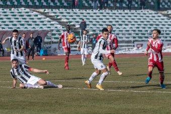 """""""Személyre szóló"""" futballmeccsek? Beazonosítható belépőkkel nyitná meg a stadionokat a román labdarúgóliga"""