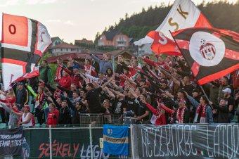 Liga 1: kezdődik a derbik szezonja, szurkolókkal a lelátón