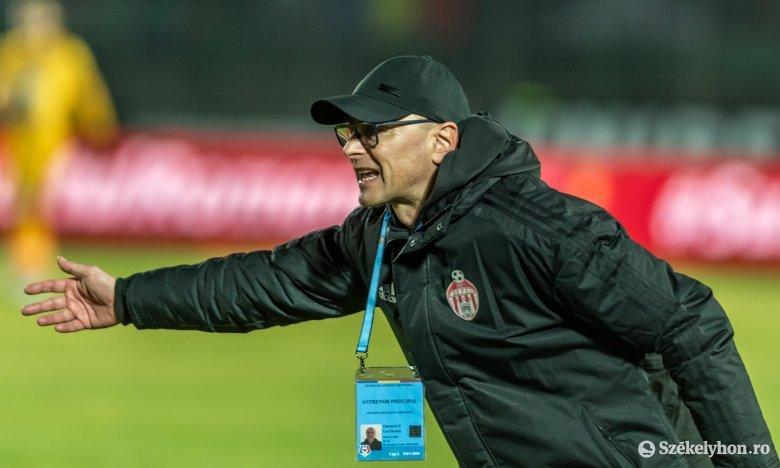 A Sepsi OSK edzője szerint le kellene zárni a bajnoki szezont