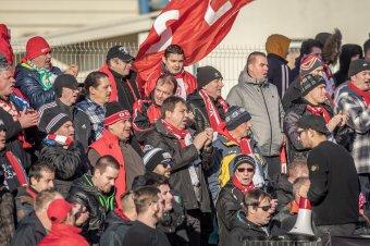 A stadionok újranyitását sürgetik a ligánál