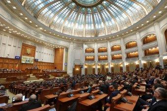 Jóváhagyta a parlament a Román Forradalom Intézetének felszámolását